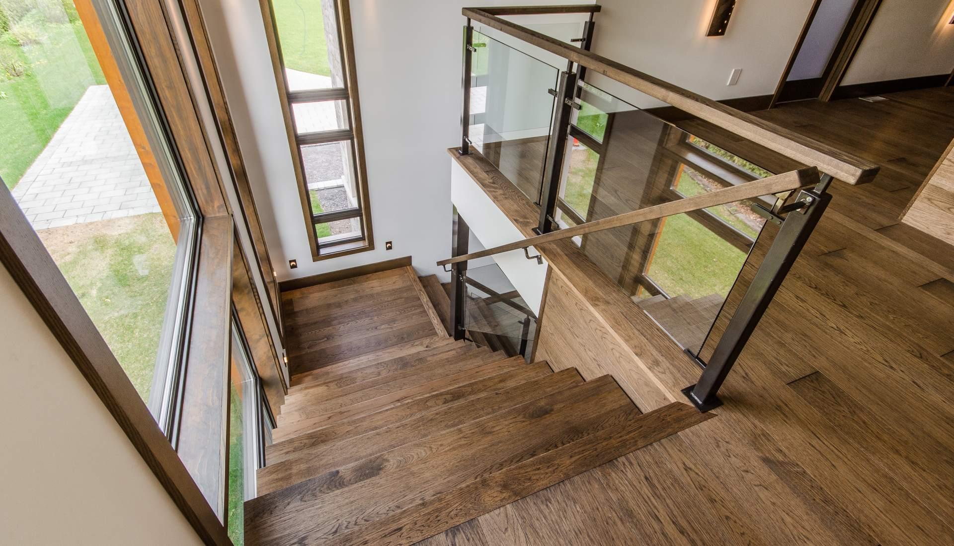Couleur escalier bois quelle couleur pour un escalier en bois on decoration - Couleur escalier bois ...