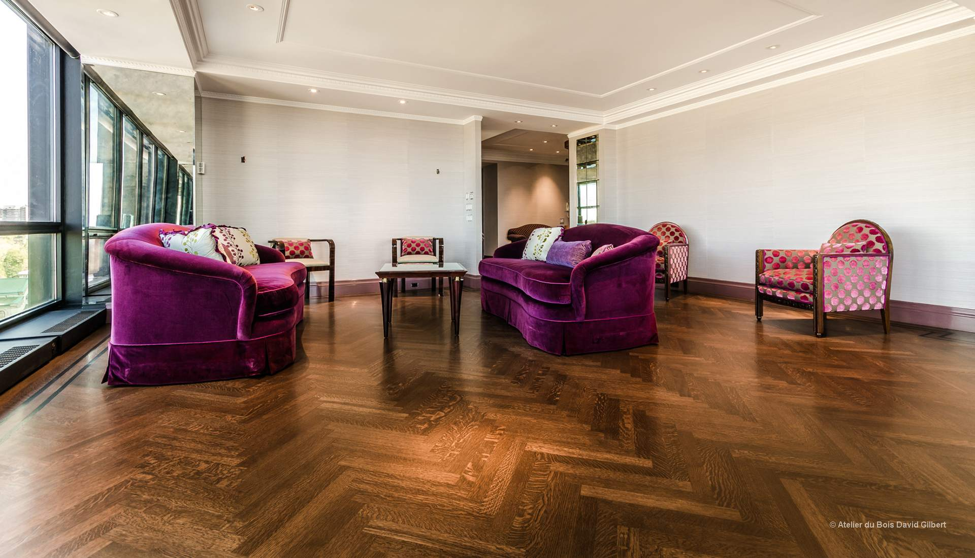 plancher chevron beautiful loading with plancher chevron parquet massif coller en bois massif. Black Bedroom Furniture Sets. Home Design Ideas